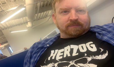 Image of an idiot wearing a Werner Herzog T-shirt
